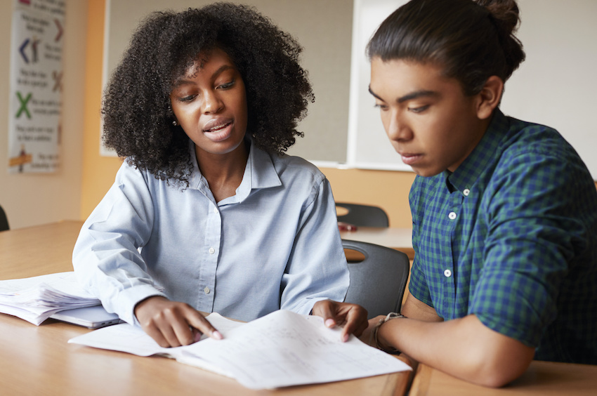 Does music help you study: A student reviews information with a tutor
