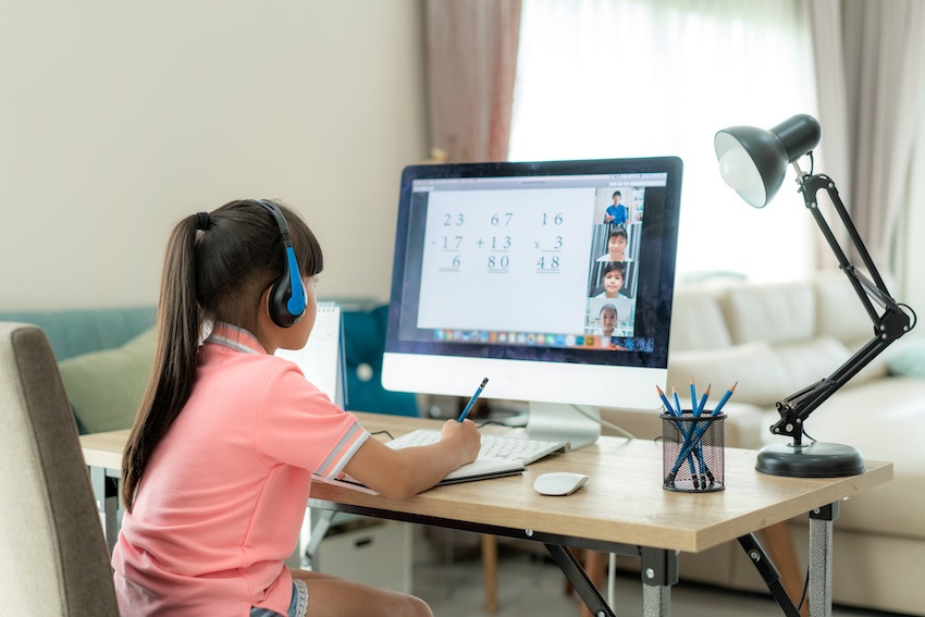 What qualities make a good tutor: An elementary school student works with an online math tutor